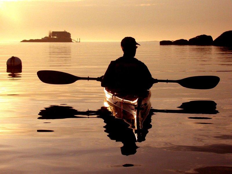 Каяк на закате солнца