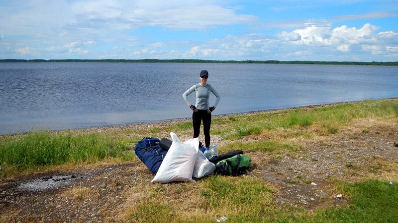 И вот, наконец, на июньские праздники мы оказались на берегу водохранилища близ небольшого поселка Петрилово.