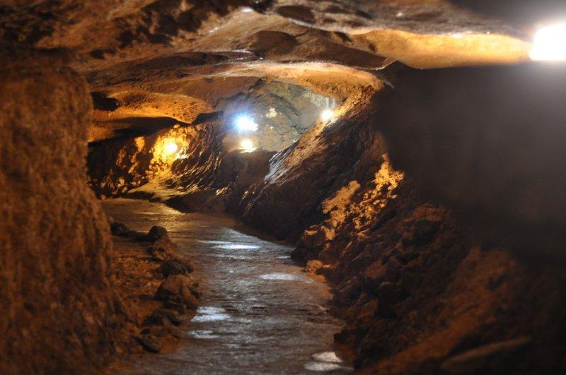 В пещере на плато Ай Петри