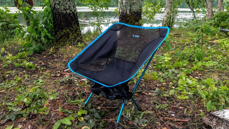 По ходу пьесы, камрады, хочу вам порекомендовать своё недавнее приобретение - раскладной стул Helinox. Очень полезная в походе вещица.