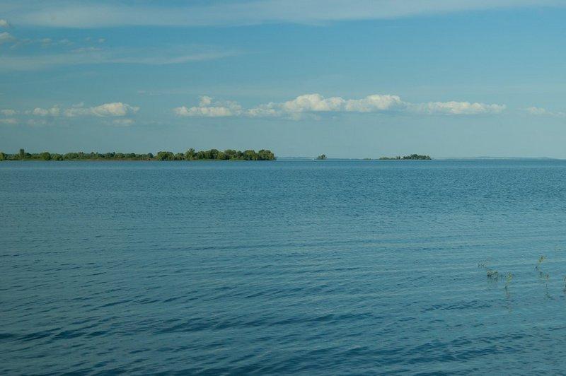 Кадр почти идентичен тому, что снимал перед заплывом, но уже более чистое небо, мало облаков.