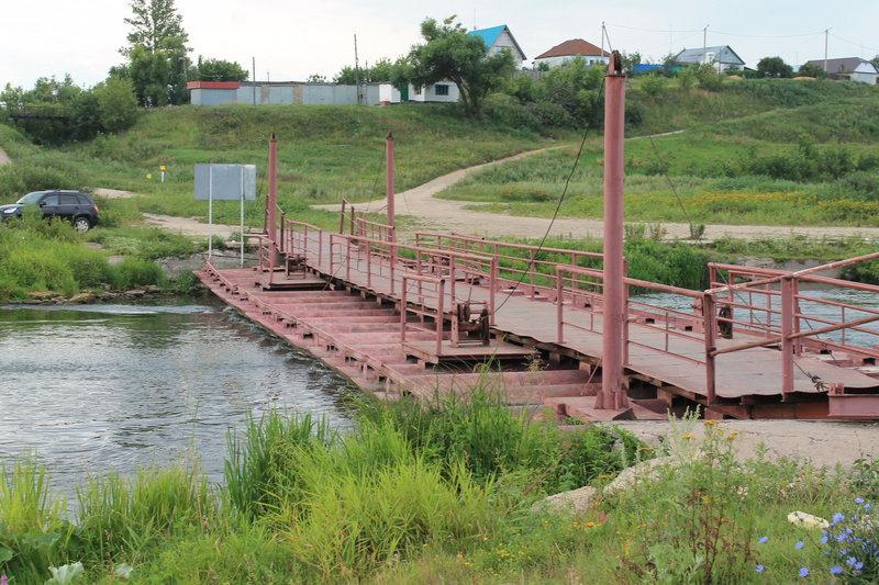 Сделали обнос очередного пантонного моста.
