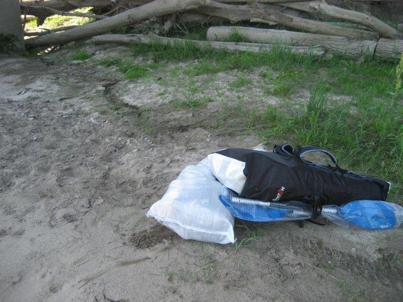 Время 12.00  Байдарка и мешок с вещами (2 гермы по 10 л, 1 герма на 20 л + спальник)