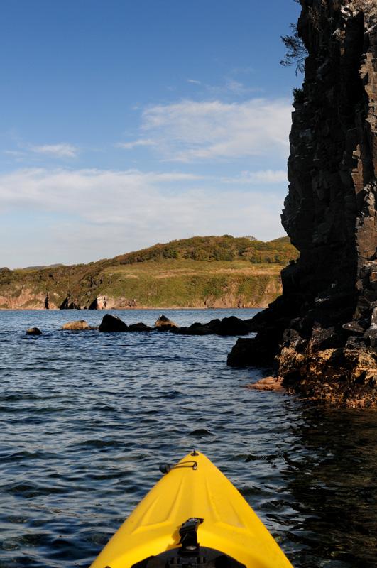 В очередной раз уронил в воду фотоаппарат, к счастью, на его работоспособности сие происшествие не отразилось. Однако, имею печальный опыт утопления фототехники. Попытки приспособить различные водозащищенные приспособления положительных результатов не дали. Лучше всего на воде показал себя Пели-кейс, впрочем, оставлю эту душещипательную историю для техотдела sea-kayak.ru.