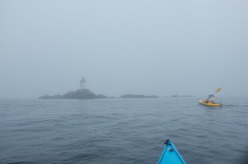Бакланий камень в тумане