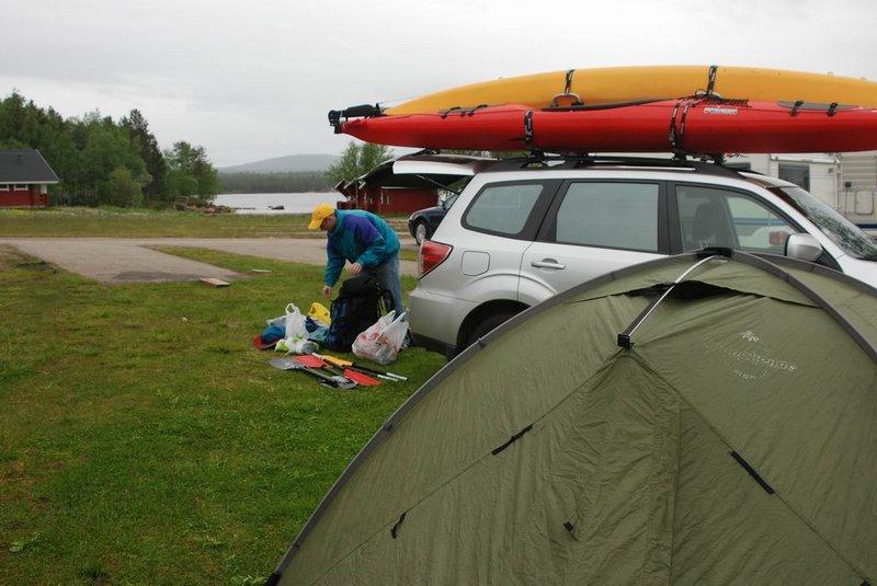 Баренцево море в районе Киркенеса (Северная Норвегия). 24 июня – 1 июля 2011.