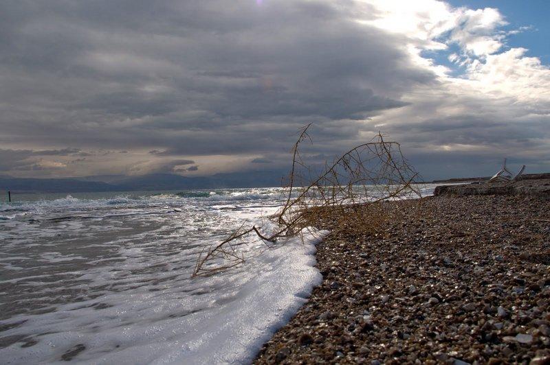 Суровое Мертвое море. (c) Adam.