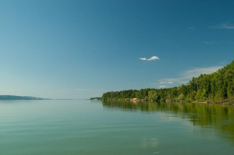 С мыса открывается чудесный вид на западный берег острова.